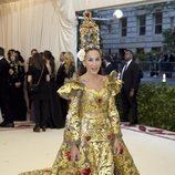 Sarah Jessica Parker con un diseño de Dolce & Gabbana en la Gala Met 2018