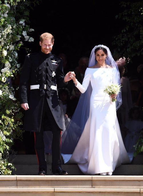 Meghan Markle de la mano del Príncipe Harry tras su boda