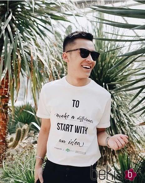 Camiseta customizable de Pinko para ayudar a la preservación del medioambiente