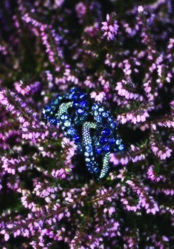 Diseño en tonos azules de la colección 'Crystal Tales' de Swarovski
