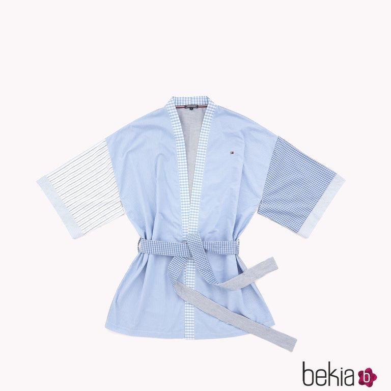 Kimono de la colección cápsula sostenible primavera 2018 de Tommy Hilfiger
