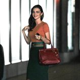 Miranda Kerr con look working girl