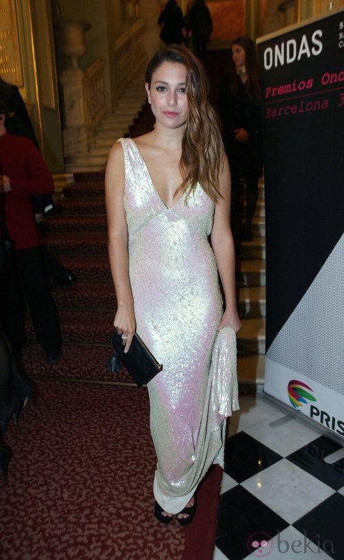 Blanca Suárez, radiante con un vestido sirena en tonos plata