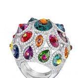 Anillo de piedras de colores de la nueva colección de verano de Swarovski 2018