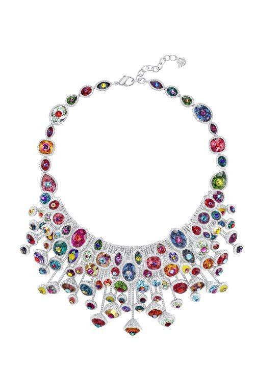 Gargantilla de colores de la nueva colección de verano de Swarovski 2018