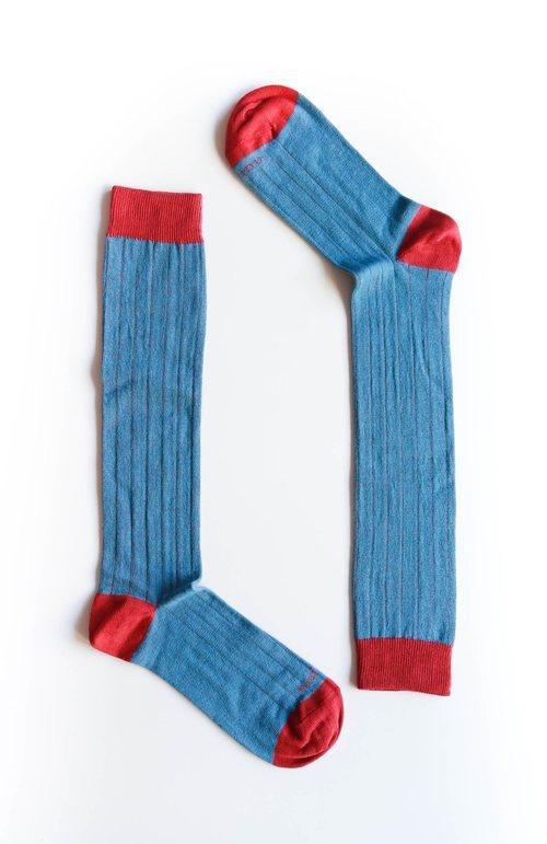 Calcetines 'Line' de la colección otoño/invierno 2018-2019 de Naïve