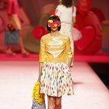 Blusa de plástico de Ágatha Ruiz de la Prada en Madrid Fashion Week primavera/verano 2019