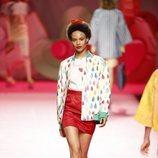 Bomber con estampado de lluvia de Ágatha Ruiz de la Prada en Madrid Fashion Week primavera/verano 2019