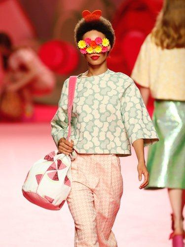 Bolso con estampado de sandía de Ágatha Ruiz de la Prada en Madrid Fashion Week primavera/verano 2019