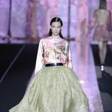 Vestido bicolor de Hannibal Laguna primavera/verano 2019 en la Madrid Fashion Week