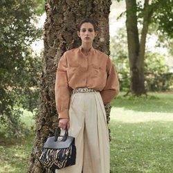 Total look de mujer en tonos beige  de la colección primavera/verano 2019 de Salvatore Ferragamo