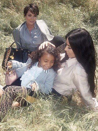 Kim Kardashian Kris Jenner y North West en una nueva campaña para Feind 2018