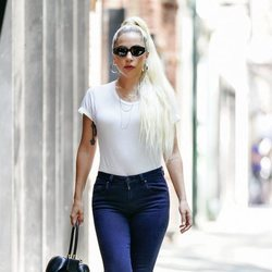Lady Gaga con un look casual en Nueva York 2018