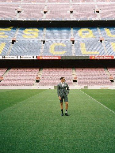 Thom Browne diseñará los trajes del Fútbol Club Barcelona 2018/2018