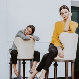 Modelos posando con modelos de bailarinas de la pre-colección de la firma española Bobo's 2018