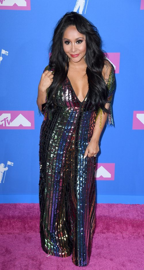 Nicole 'Snooki' con un vestido de lentejuelas en los premios MTV Video Music 2018
