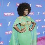 Amara 'La Negra' con un vestido verde en los premios MTV Video Music 2018
