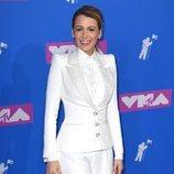 Blake Lively  con un traje blanco en los Premios MTV Video Music 2018