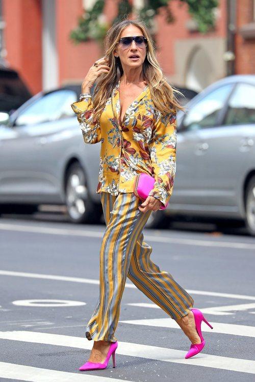 Sarah Jessica Parker con conjunto estampado en Nueva York 2018