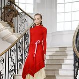 Conjunto rojo de Victoria Beckham primavera/verano 2019 en la London Fashion Week