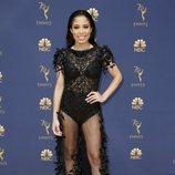 Keshia Chante con un vestido de transparencias negro en los Premios Emmy 2018