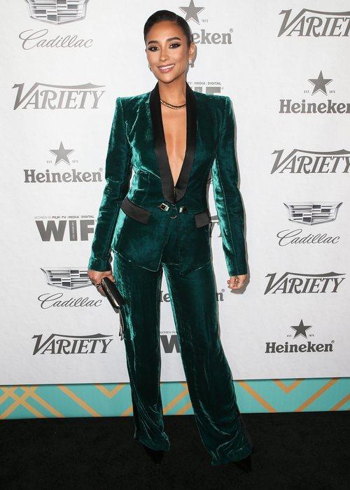 Shay Mitchell con un dos piezas en la fiesta Variety And Women In Film's 2018 Pre-Emmy