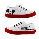 Zapatillas blancas de la colección 'Superga x Disney'