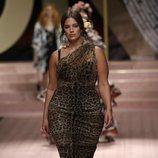 Ashley Graham en el desfile de Dolce&Gabbana primavera/verano 2019 en la Milán Fashion Week