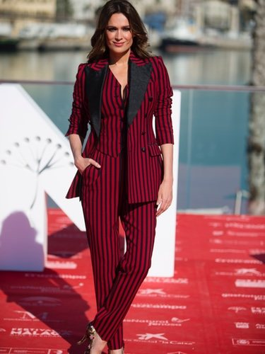 Mar Saura con un traje de Dolce&Gabbana en el Festival de Cine de Málaga