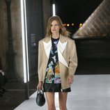 Chaqueta oversize de Louis Vuitton primavera/verano 2019 en la Paris Fashion Week
