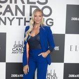 Patricia Montero luce un traje azul eléctrico en los Elle Awards 2018