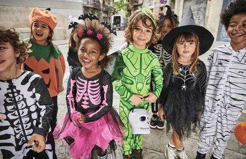 Niños disfrazados para Halloween de la colección cápsula de H&M 2018