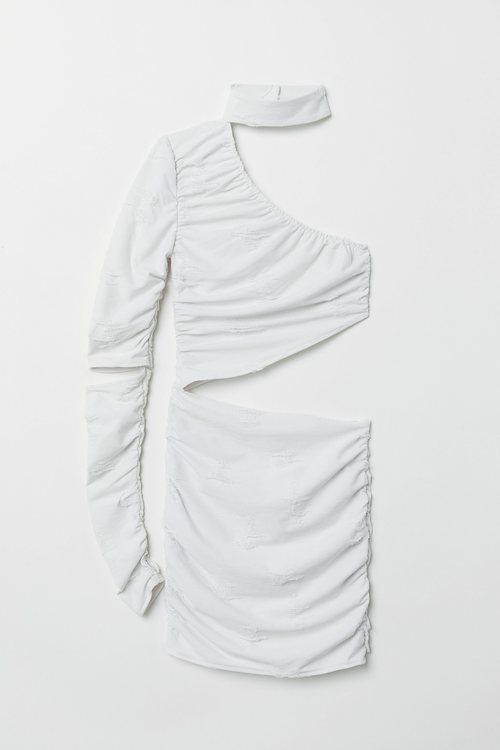 Vestido blanco asimétrico de la colección cápsula de Halloween de H&M 2018