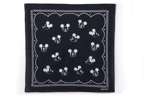 Pañuelo de la nueva colección de Levi's x Mickey Mouse
