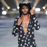 Pijama de hombre con estampado  de la colección de Mickey Mouse de Tezenis Underwear