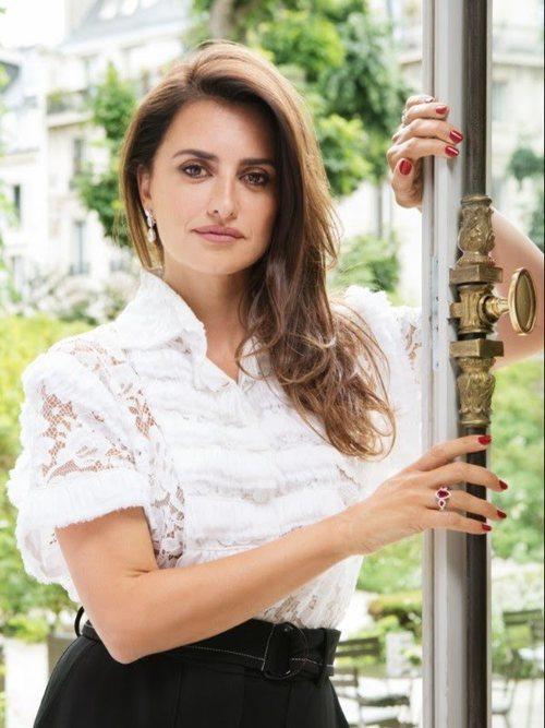 Penélope Cruz en la nueva campaña de joyas de Atelier Swarovski 018