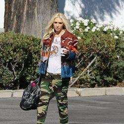 Gwen Stefani mezcla diferentes estampados