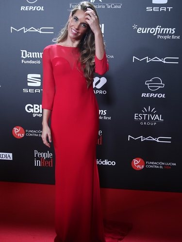 Ona Carbonell luce un vestido de Pronovias en la gala 'People in red' 2018