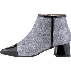 Colección de zapatos de la temporada otoño invierno 2018 de Lodi