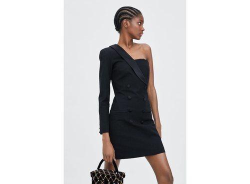 Vestido negro de la colección de Navidad de Zara 2018