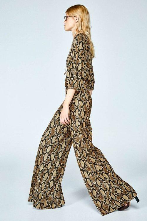 'Total look' con estampado de 'animal print' de la colección 'animal print' otoño/invierno 2018/2019 de Sfera