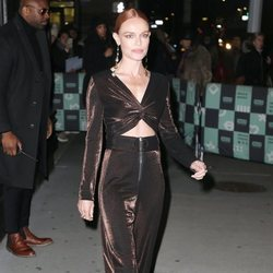 Kate Bosworth apuesta por un total look de terciopelo