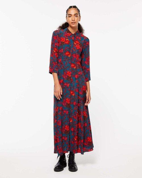 Vestido largo estampado de la colección de Navidad de Sisley 2018