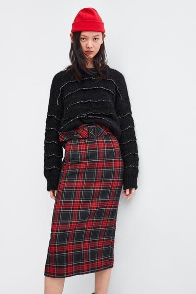 Falda midi estampado cuadros rojos de la nueva coelcción de Zara 2018