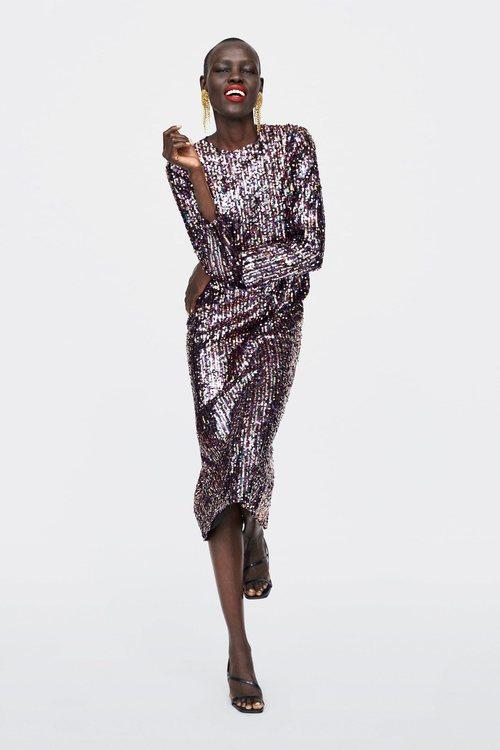 Vestido multicolor de la colección otoño/invierno 2018/2019 de Zara