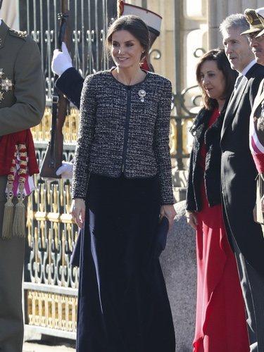 La Reina Letizia estrena conjunto de Felipe Varela en la Pascua Militar 2019