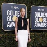 Charlize Theron con un vestido de Christian Dior en los Globos de Oro 2019