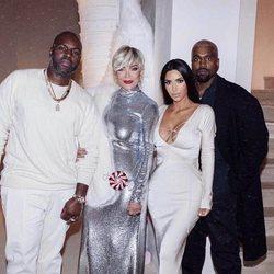 Kim Kardashian en la fiesta de Navidad 2018