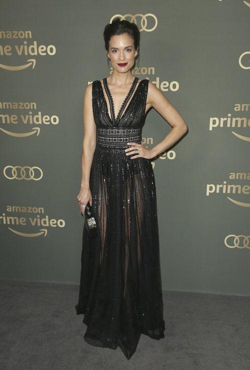 Torrey DeVitto en la fiesta de Amazon post Globos de Oro 2019