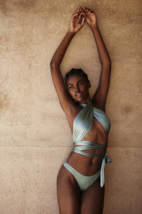 Bikini de cintas de la colección resort 2019 de Tropic of C